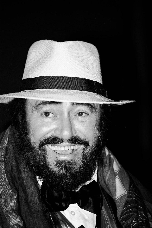 L'America comanda Sanremo - Pavarotti